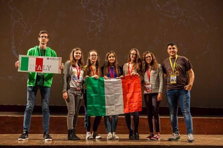 racconto dell'evento EGMO attraverso le emozioni con il team italiano