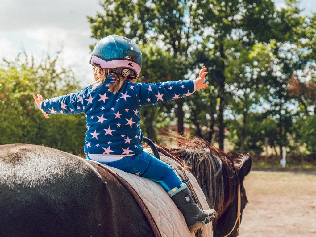 Escursioni a cavallo a Fiesole nei dintorni di Firenze durante le vacanze con i bambini