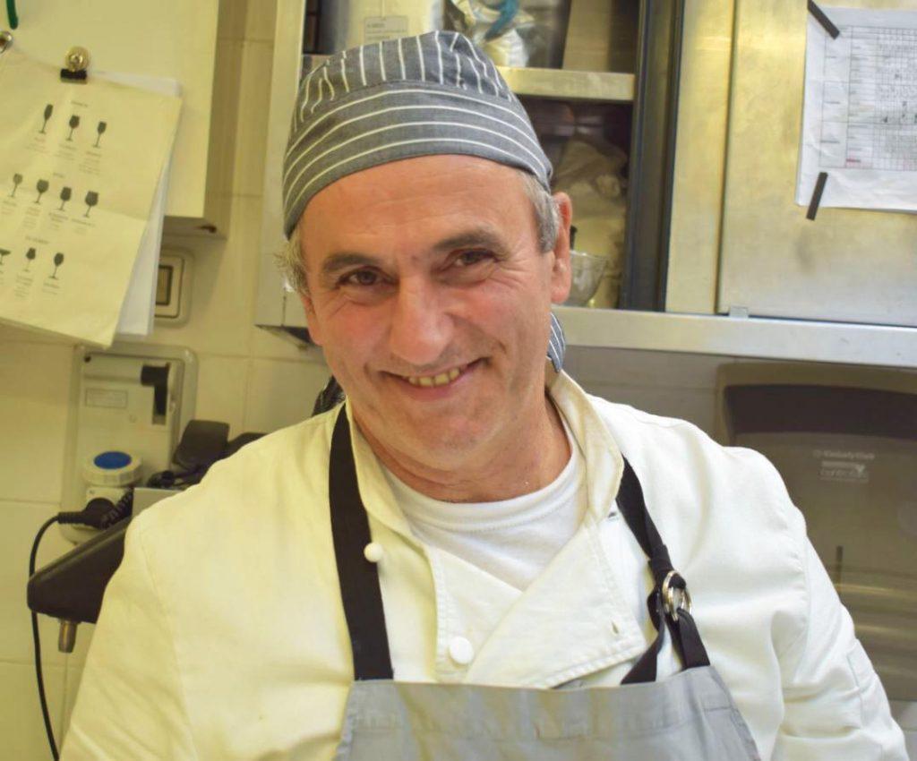 Corsi di cucina con lo chef Enrico presso Hotel Villa Fiesole con vista su Firenze in Toscana
