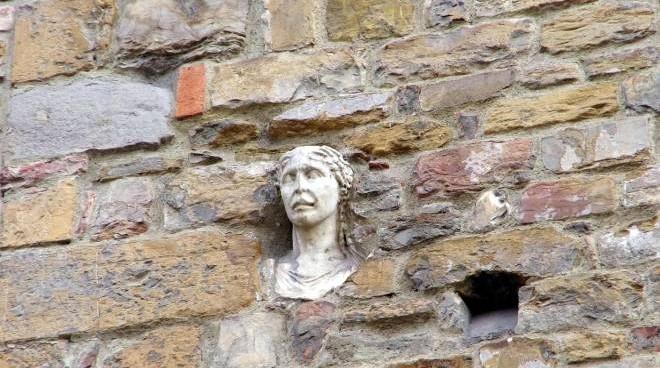 Firenze insolita: itinerario tra leggende, misteri e curiosità da scoprire