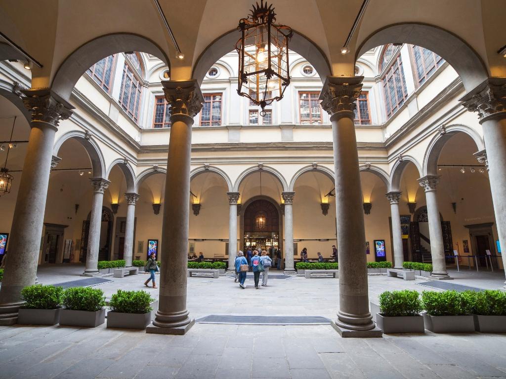 Gabinetto Vieusseux - Palazzo Strozzi - Passeggiata letteraria - Firenze, Italia