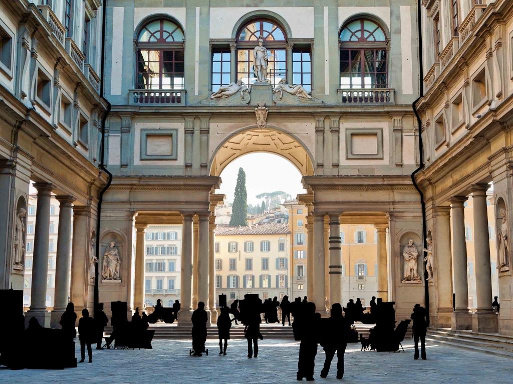Piazzale degli Uffizi - Firenze, Italia