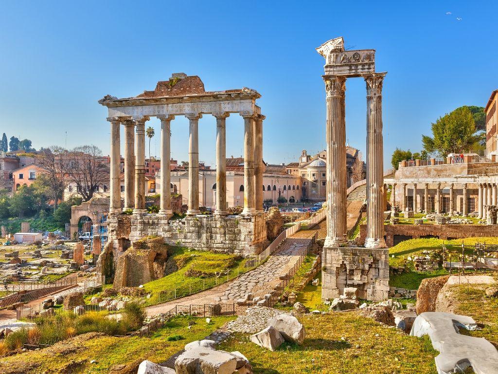 viaggio di lavoro - manager in viaggio a roma - fori imperiali