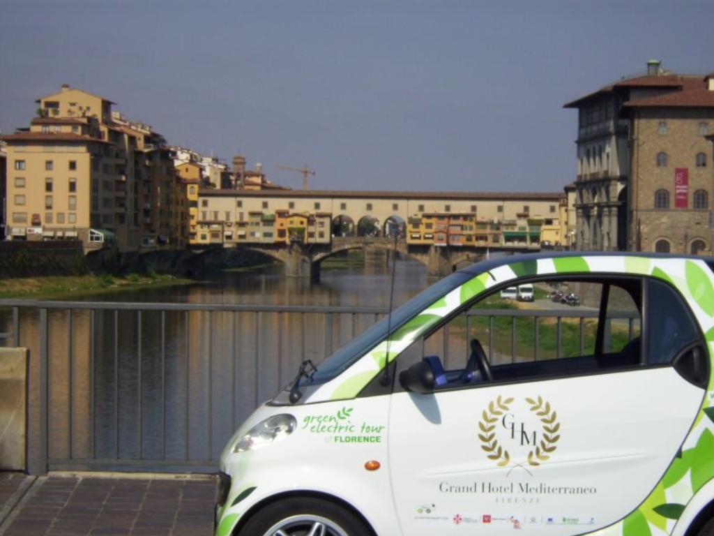 vacanze ecologiche a Firenze con smart elettrica
