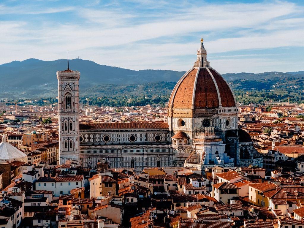 trekking fra Toscana e Lazio con partenza dalla cupola di Brunelleschi