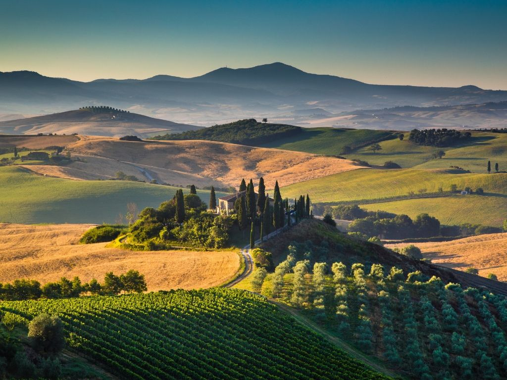 panorama Val d'Orcia nel trekking fra Toscana e Lazio
