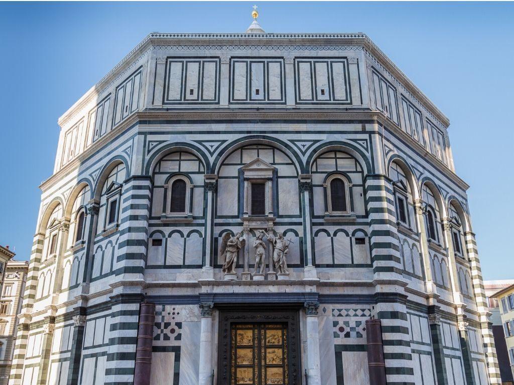 La vacanza arte e cultura inizia al Battistero di Firenze