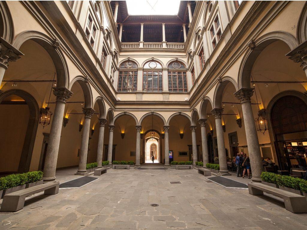 Il Gabinetto Vieusseux Scientifico-Letterario al Palazzo Strozzi di Firenze